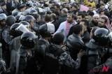 约旦市民走上街头抗议燃油上涨